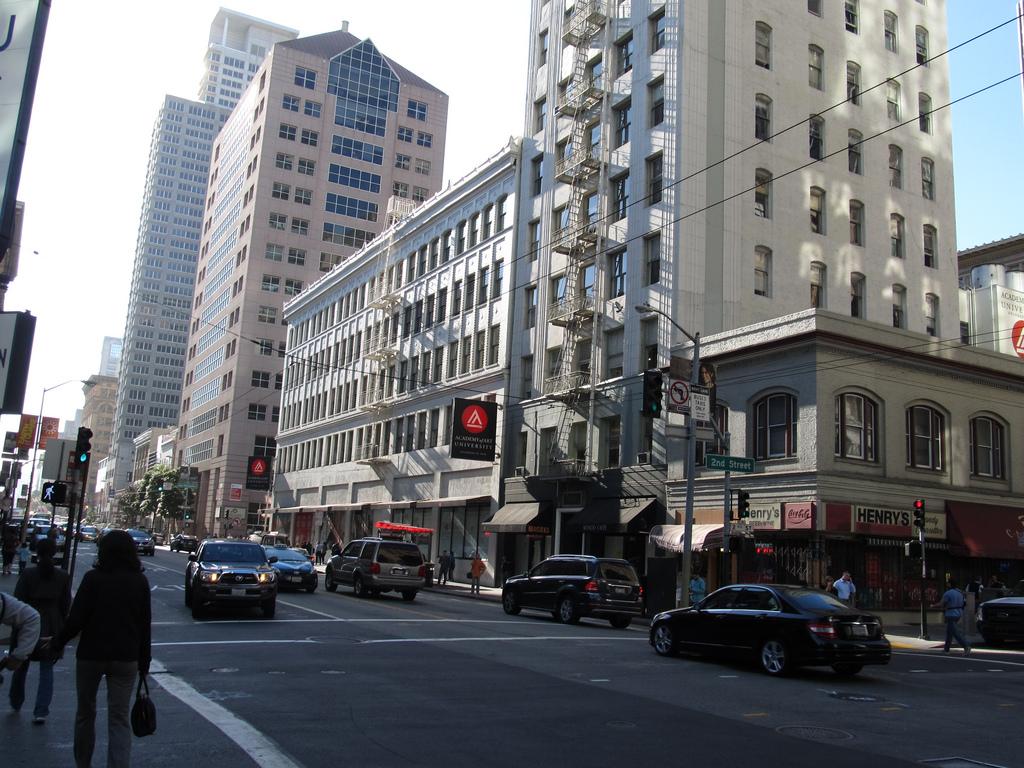 Mission Street, Financial District, San by Ken Lund, on Flickr