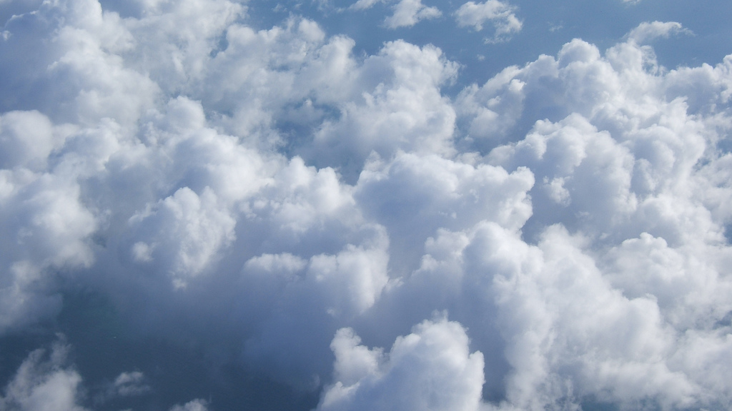 Fluffy clouds by geishaboy500, on Flickr