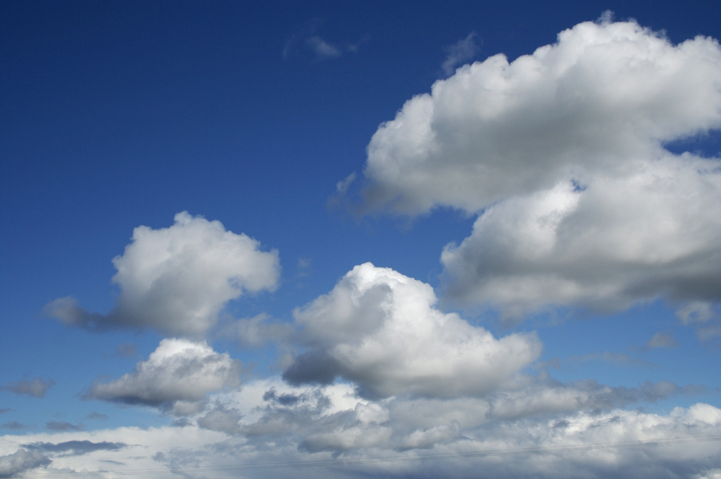 Fluffy white clouds by Richard Leonard, on Flickr