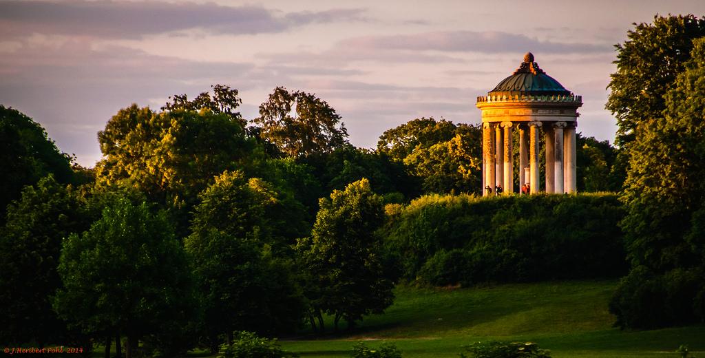 München, englischer Garten, Der Monopt by Polybert49, on Flickr
