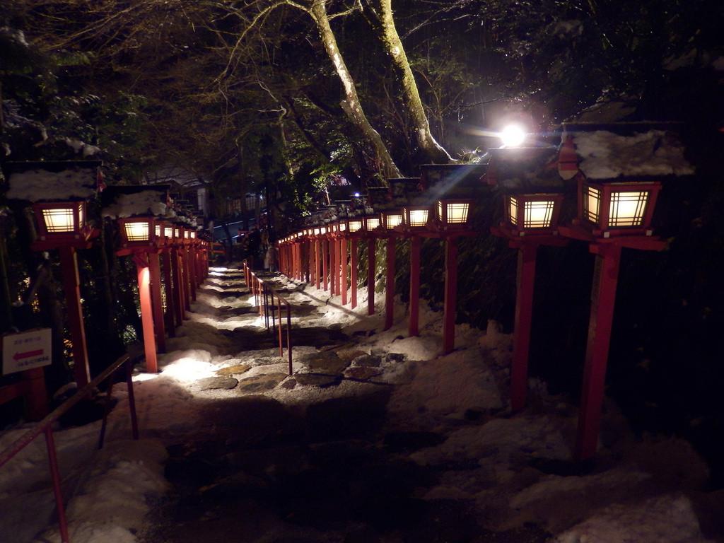 貴船神社の雪景色|Kifune Shrine by izunavi, on Flickr