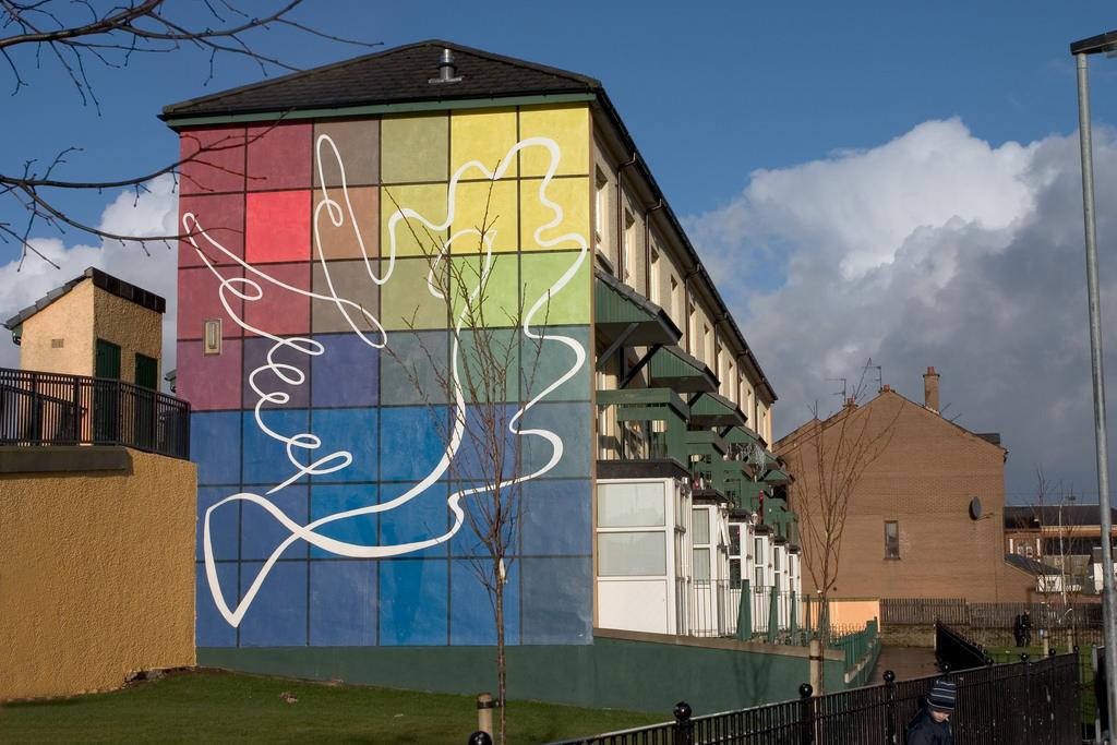 Republican peace mural, Rossville Street by jimmyharris, on Flickr
