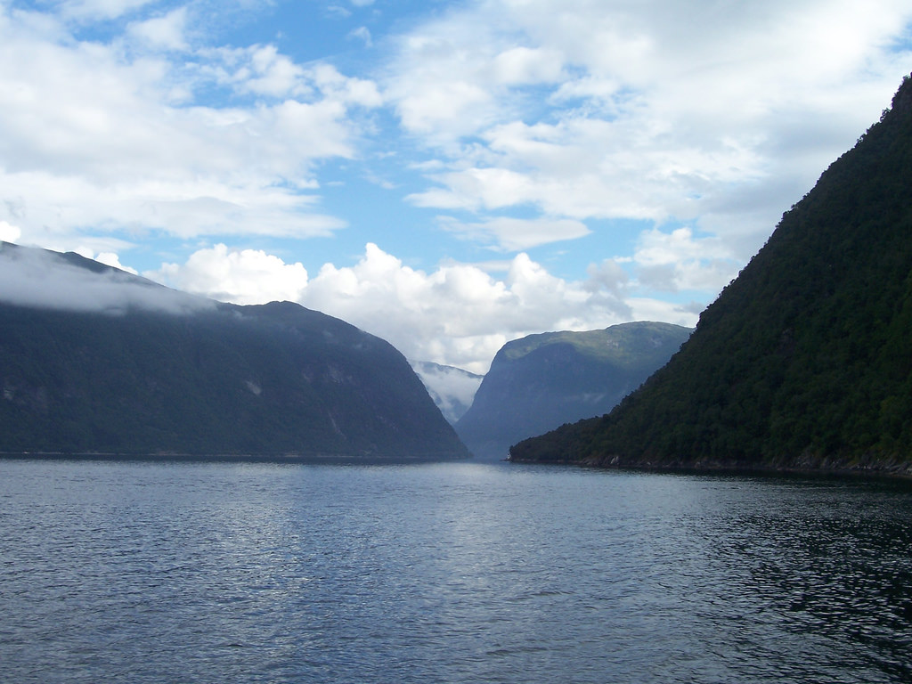 Fjord and Mountains by Bods, on Flickr
