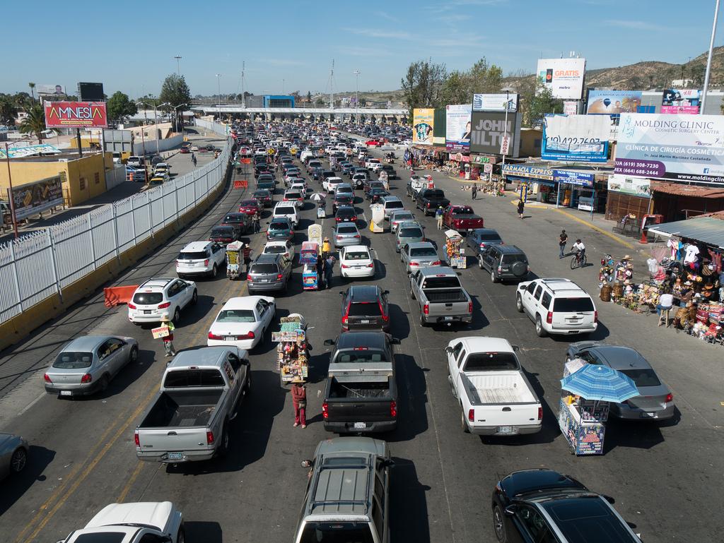 Tijuana Border Crossing Traffic by jay galvin, on Flickr