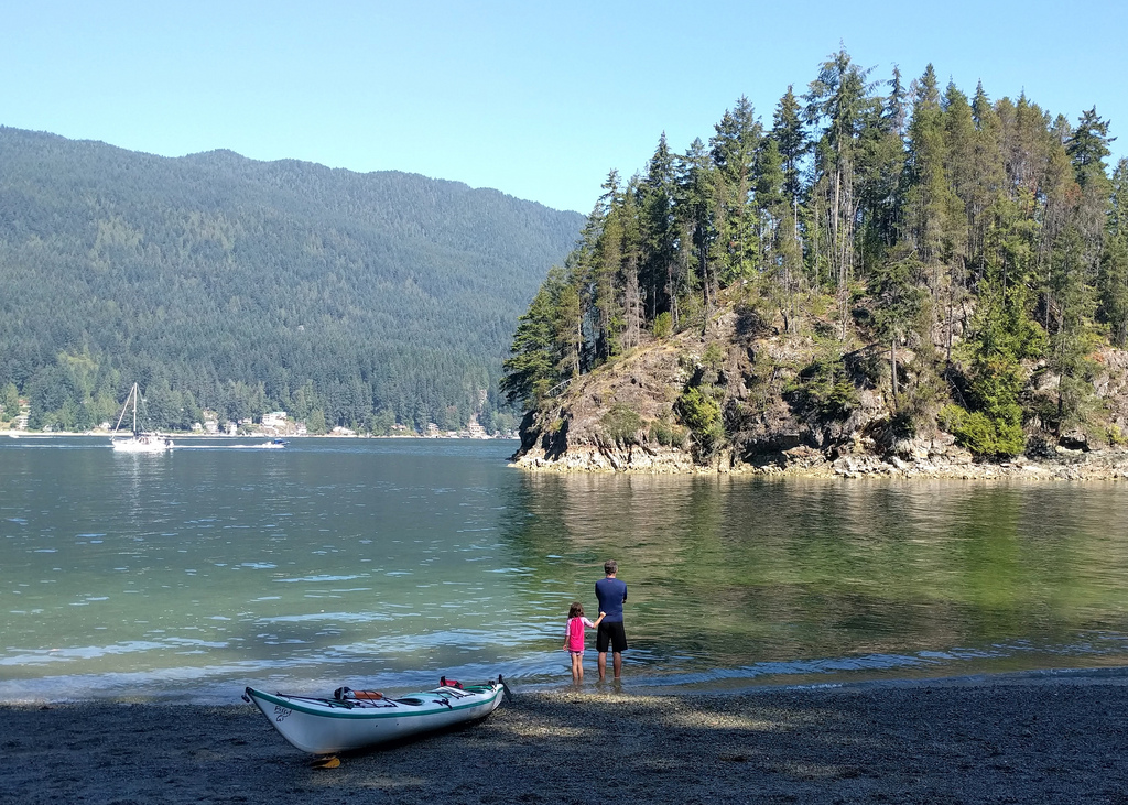 Paddling at Jug Island Beach by Ruth and Dave, on Flickr