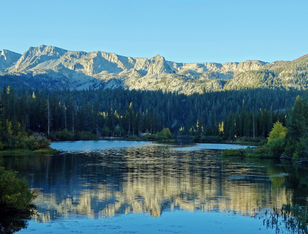First Light on Twin Lakes, Mammoth Lakes by inkknife_2000 (8 million views +), on Flickr