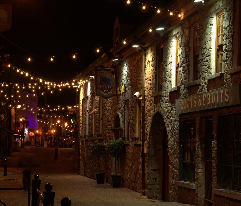 Christmas at Kyteler's Inn, Kilkenny by stephenhanafin, on Flickr