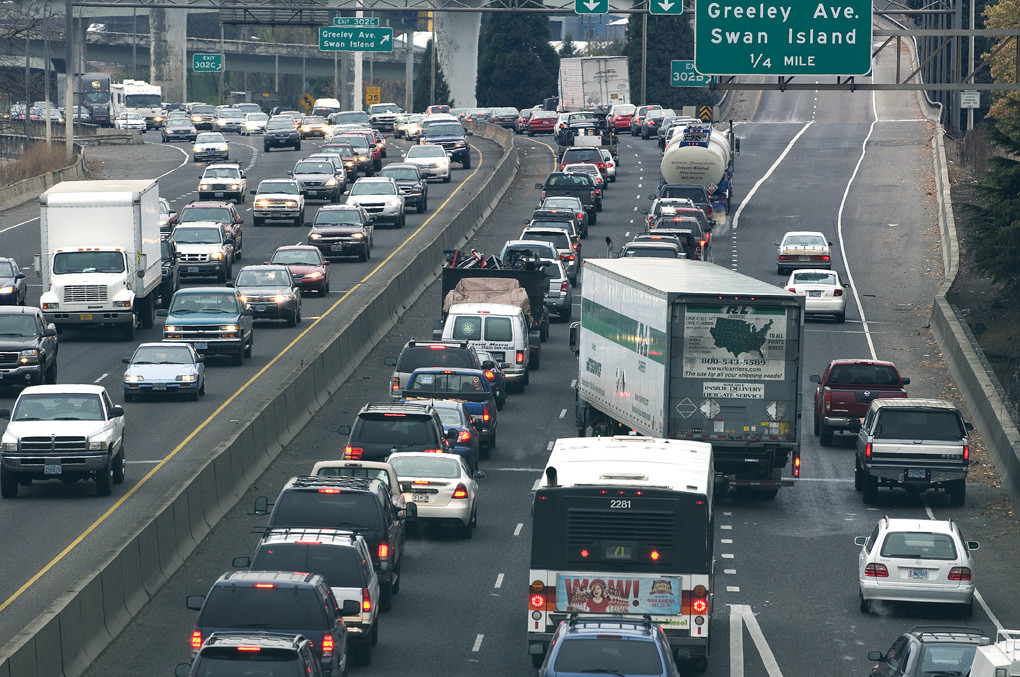 Traffic back-ups by OregonDOT, on Flickr