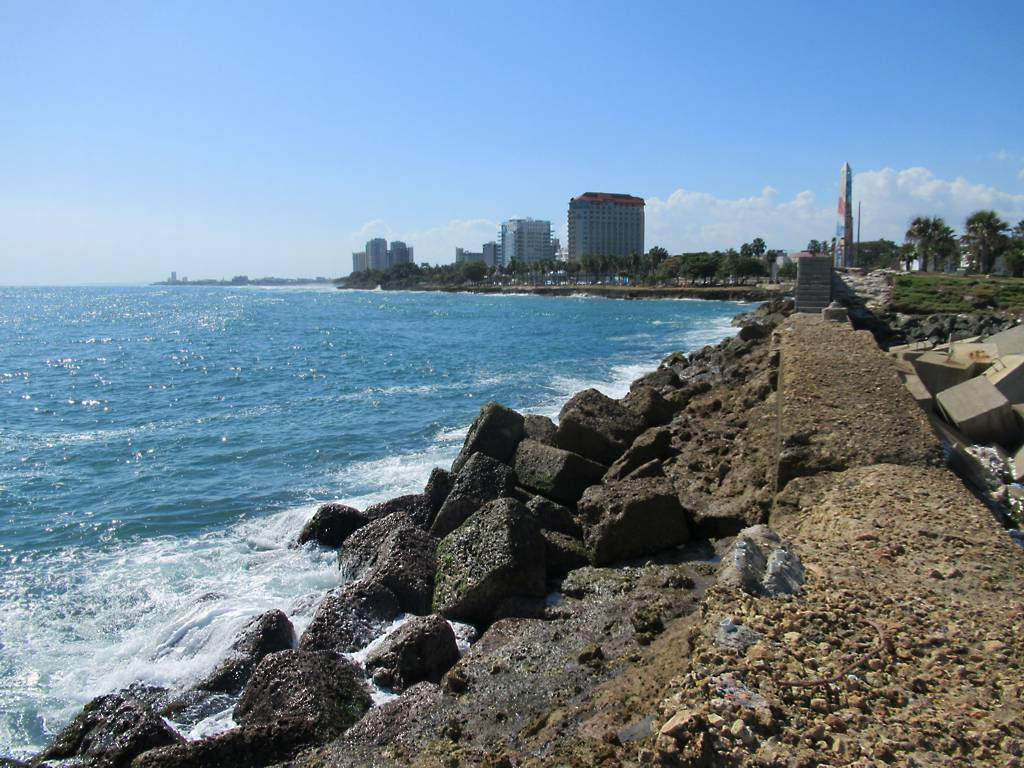 Santo Domingo Seafront by D-Stanley, on Flickr