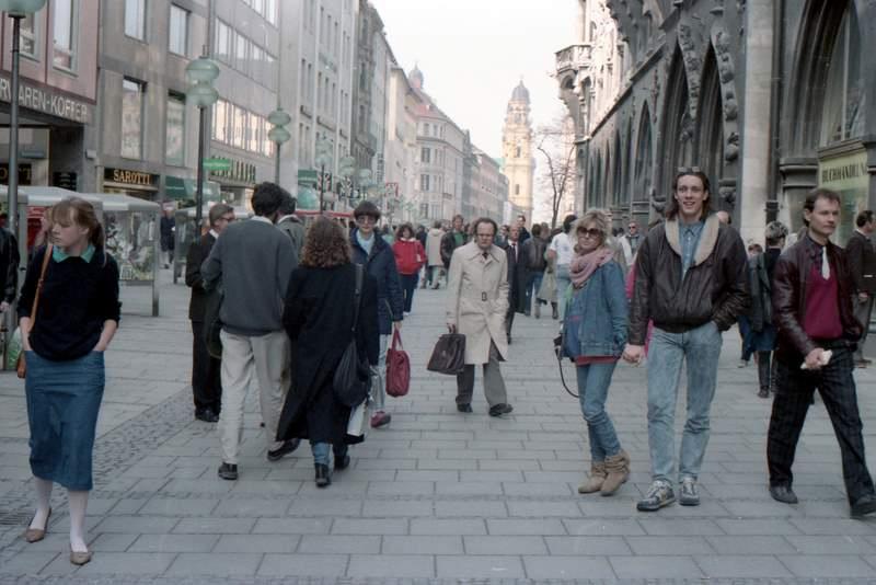 Walking Street, Munich (1987) by Hunter-Desportes, on Flickr
