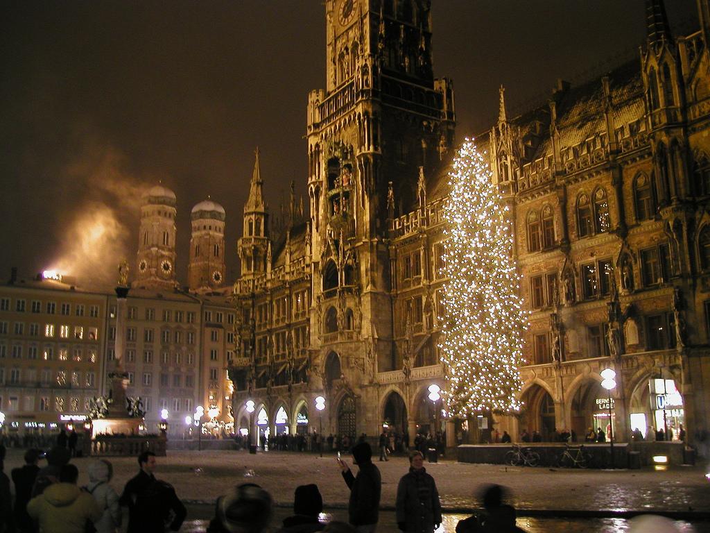 New Year's Eve on Marienplatz, Munich by Jan Beckendorf, on Flickr