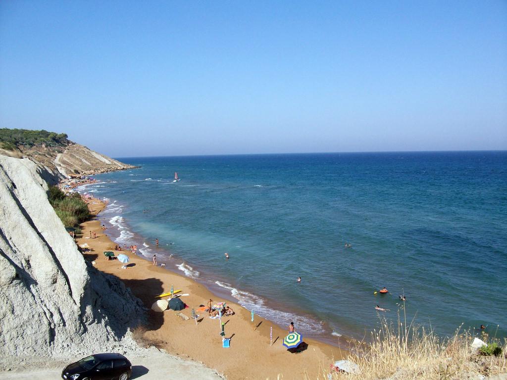 Spiaggia di Pizzo Greco e del Campeggio by Revolweb, on Flickr