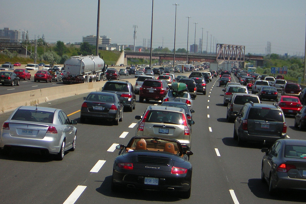 Highway 401 at Markham -- traffic jam on by Bicycle Bob, on Flickr
