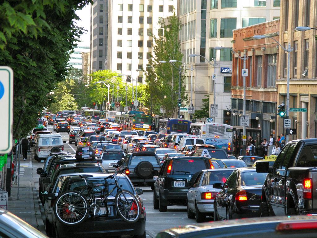 Traffic on 2nd Avenue by Oran Viriyincy, on Flickr