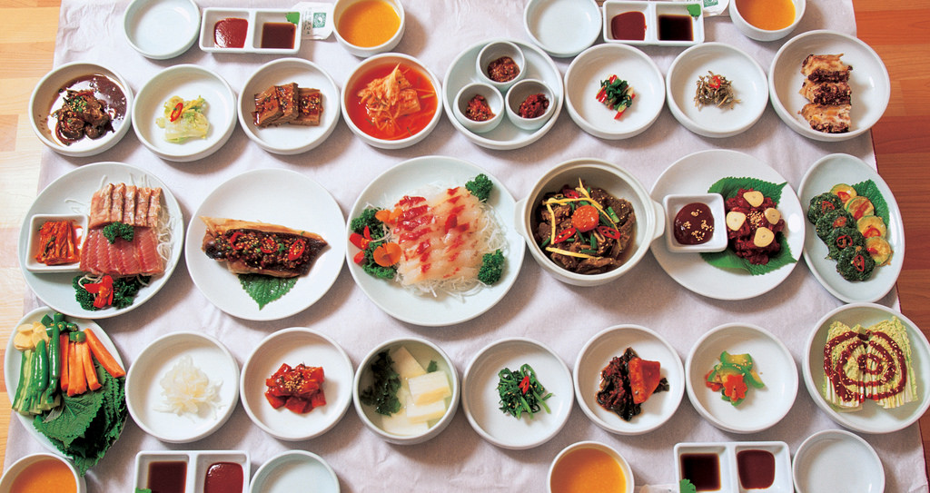 Korean table by KOREA.NET - Official page of the Republic of Korea, on Flickr