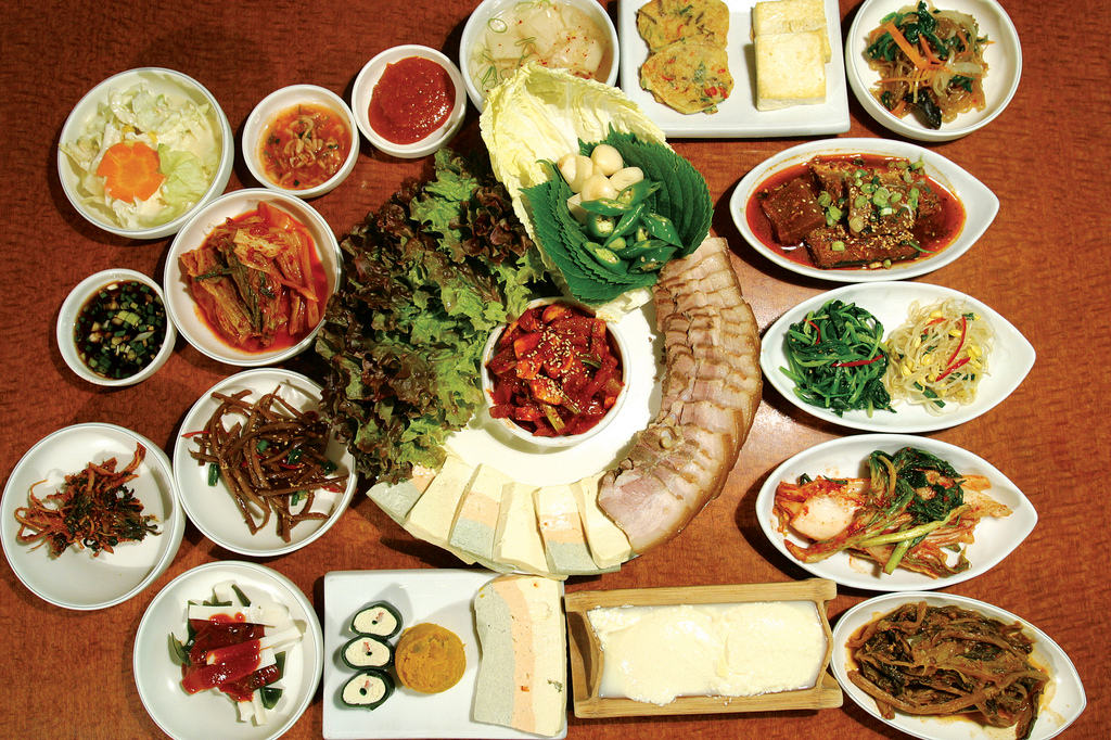 Bossam / Napa Wraps with Pork by KOREA.NET - Official page of the Republic of Korea, on Flickr