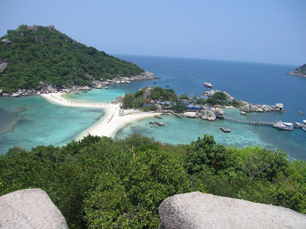 Koh Nang Yuan by mtkopone, on Flickr