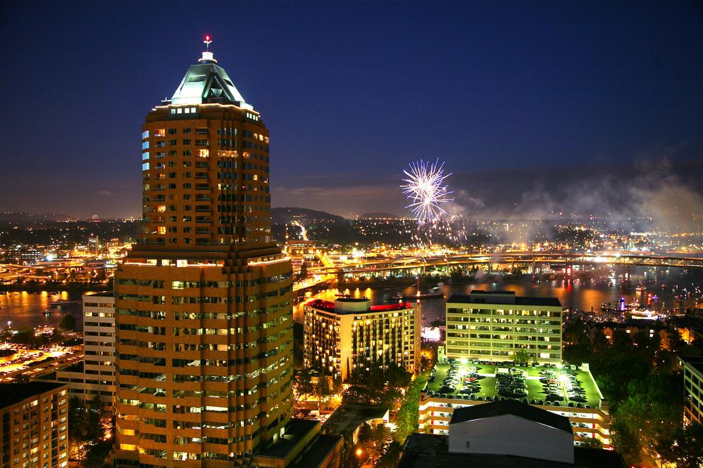Fireworks over Portland, Oregon by Ryan Harvey, on Flickr