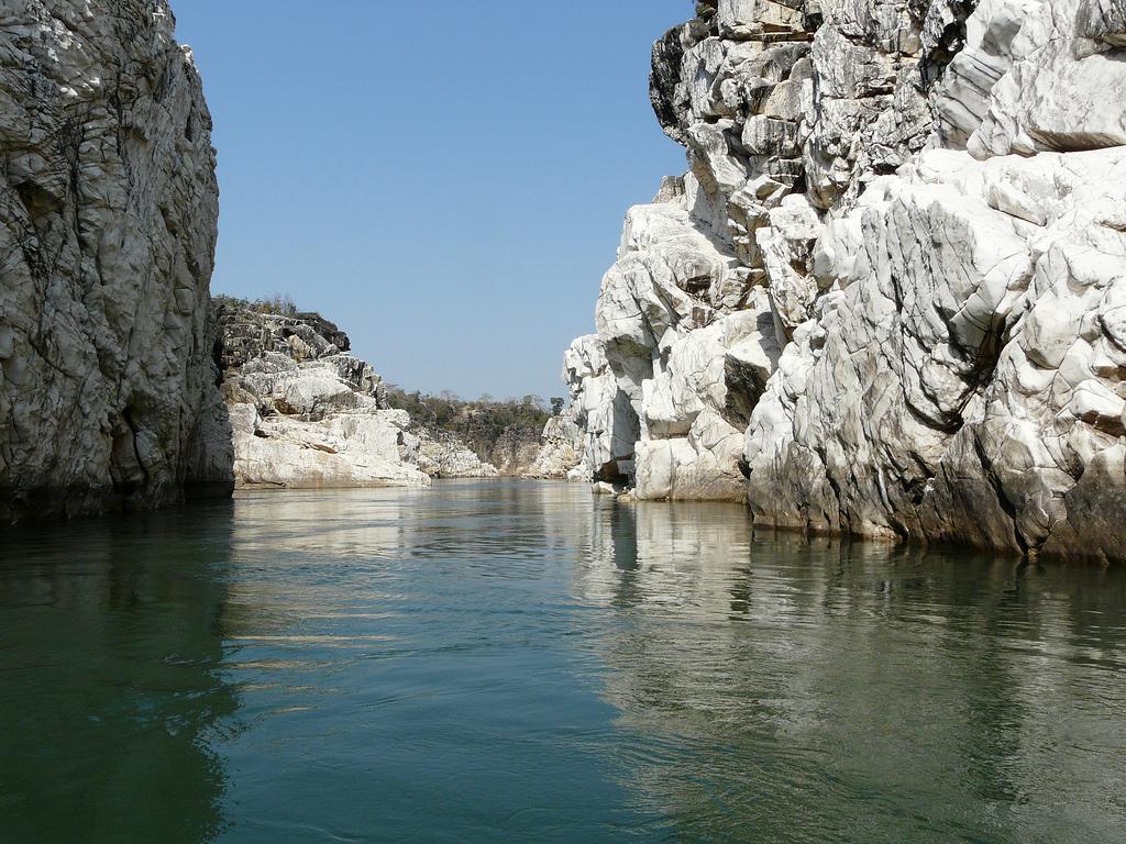 Marble Rocks, Jabalpur by Partha Sarathi Sahana, on Flickr