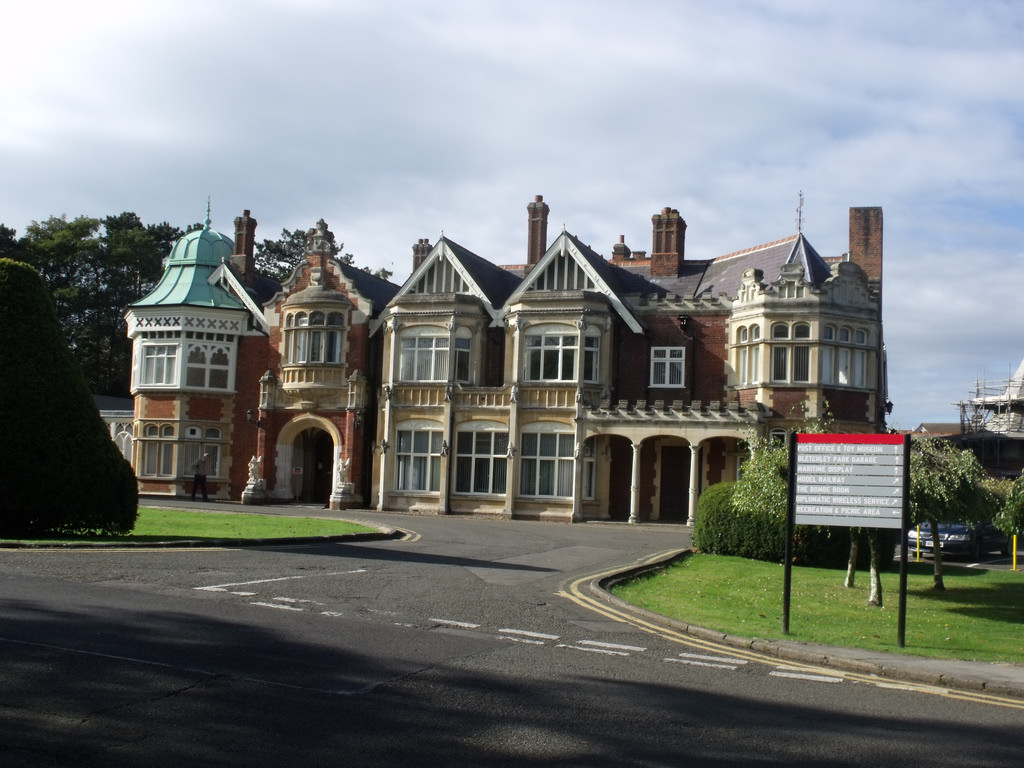 Bletchley Park House - Mansion by ell brown, on Flickr