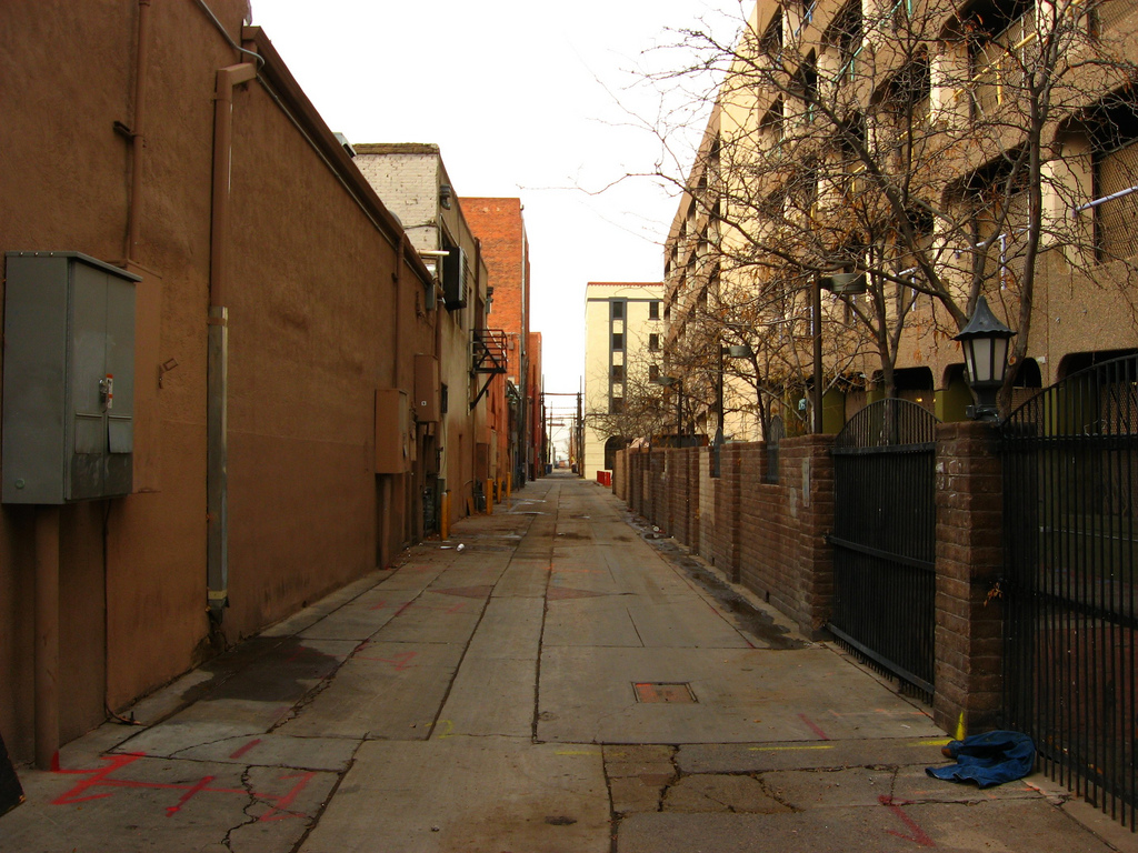 Alley, Downtown Albuquerque, New Mexico by Ken Lund, on Flickr