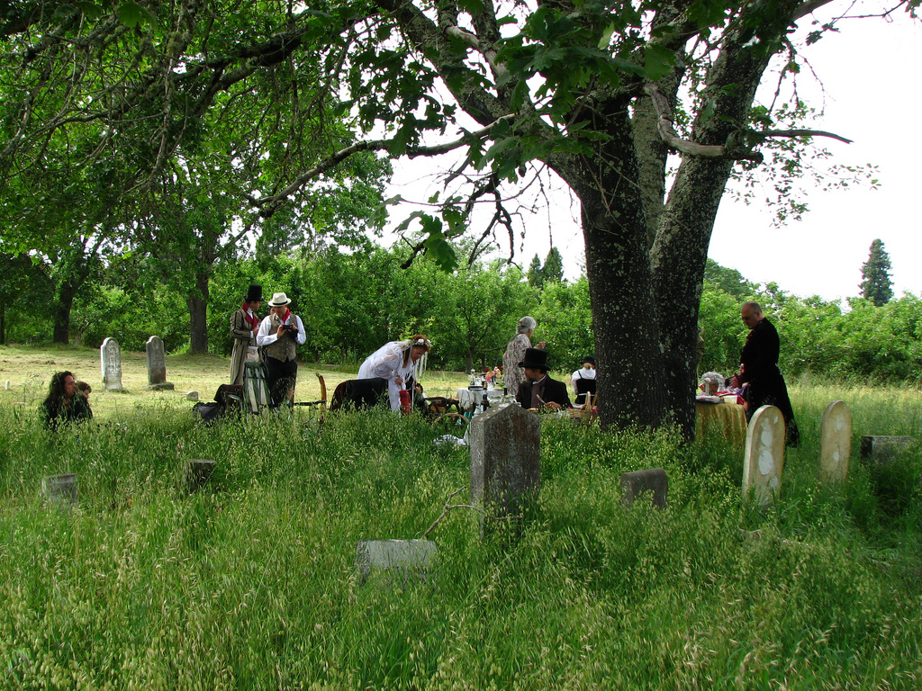 Cemetery Picnic, Gilliam Cemetery, Grato by DBerry2006, on Flickr