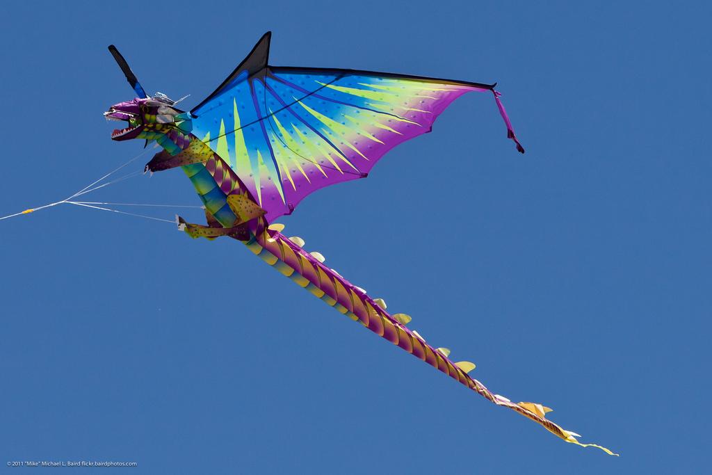 Dragon Kite Flying at Morro Bay CA Kite by mikebaird, on Flickr