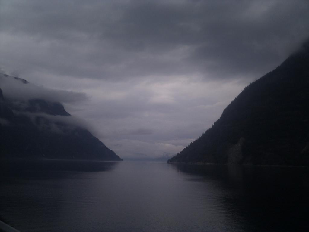 Dark fjord by noii