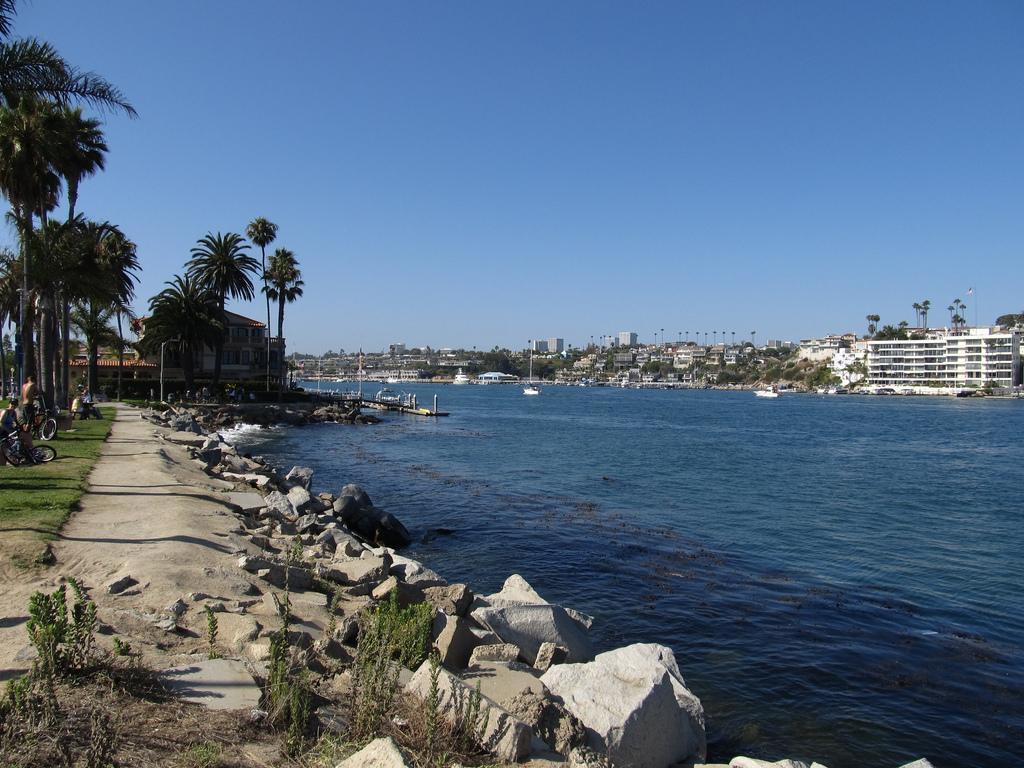 Newport Harbor, Balboa Peninsula, Newpor by Ken Lund, on Flickr