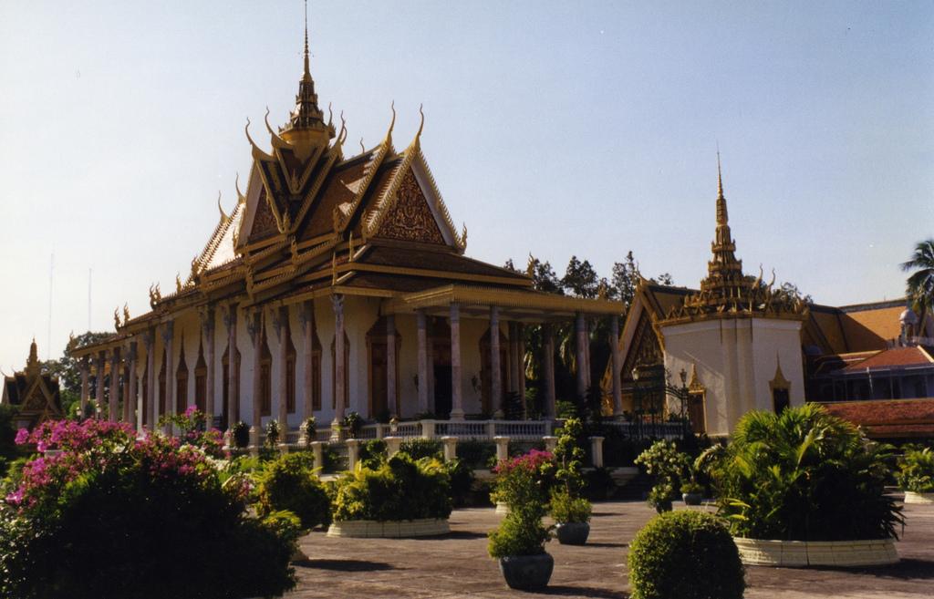 Phnom Penh, Silver Pagoda by Arian Zwegers, on Flickr