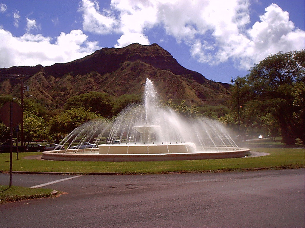 Water fountain near Diamond Head Crater. by HighRankingOfficial, on Flickr