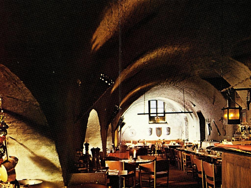 774702, 27 nov. Rådhuskällaren, Malmö by andersekström, on Flickr