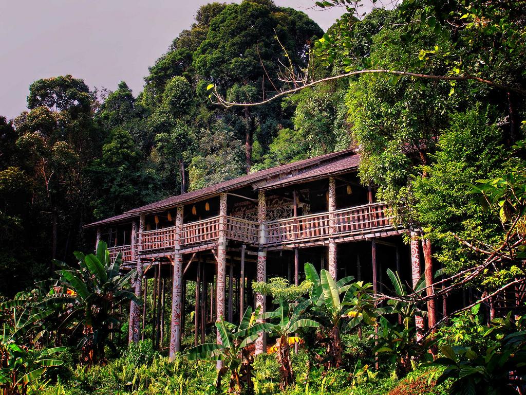 Longhouse, Sarawak by Rod Waddington, on Flickr