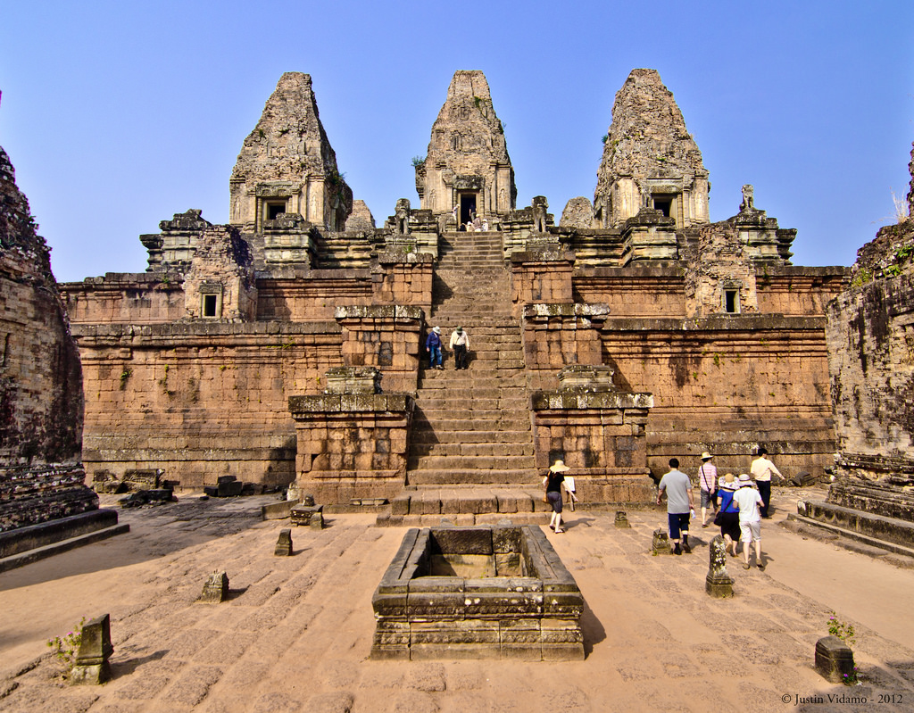Angkor Thom Complex by justin_vidamo, on Flickr