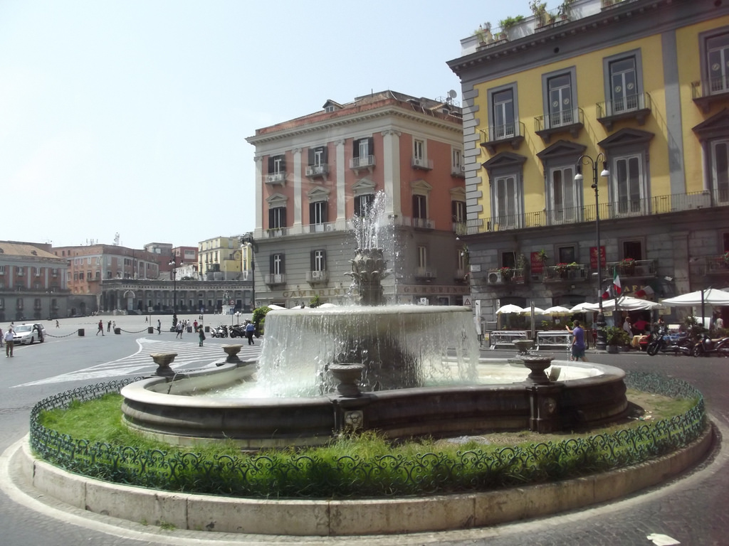 Piazza Trieste e Trento, Naples - founta by ell brown, on Flickr