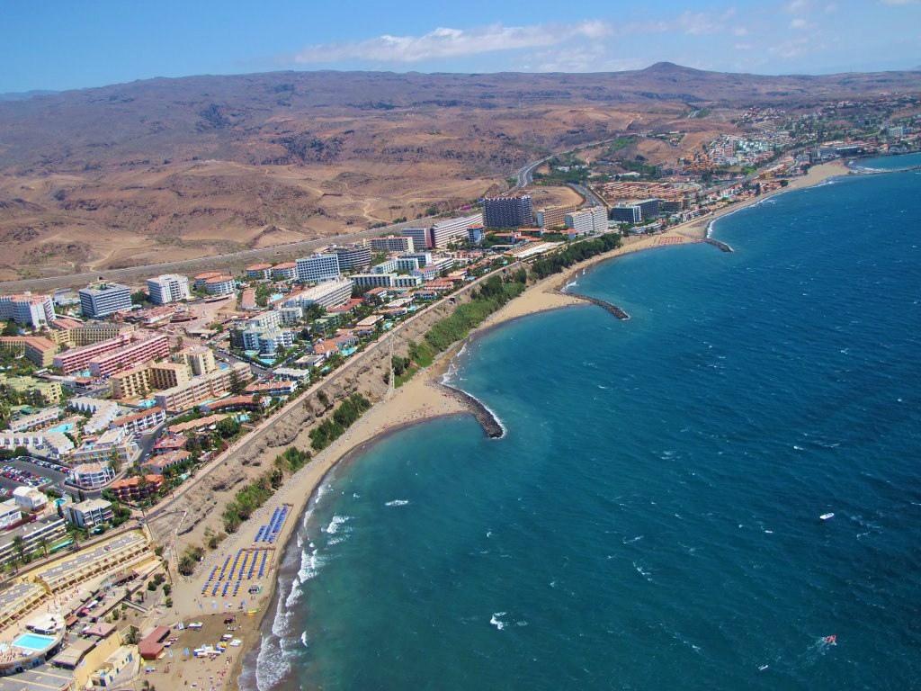 """Foto aérea de Playa del Inglés """"La Cos by El Coleccionista de Instantes, on Flickr"""