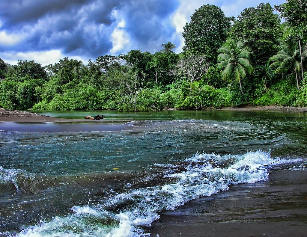 Rio Aguajitas, Costa Rica by trishhartmann, on Flickr