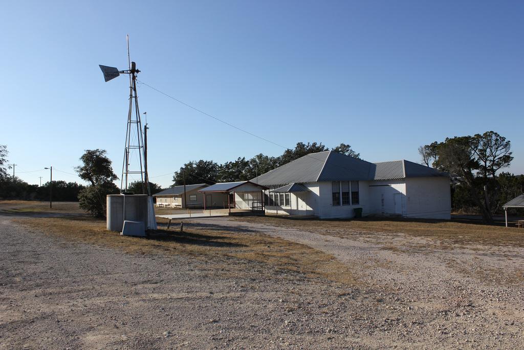 Oatmeal Community Center by TexasExplorer98, on Flickr