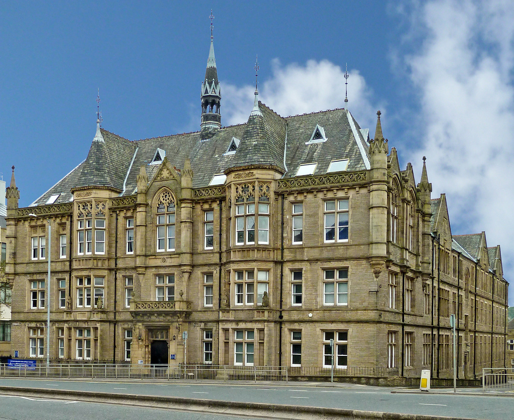 Ramsden Building, Huddersfield Universit by Tim Green aka atoach, on Flickr
